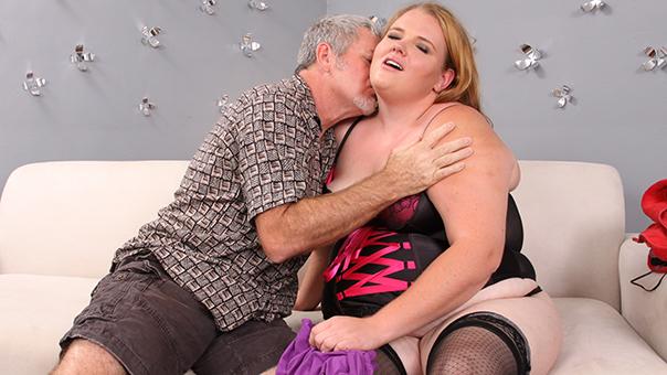 BBW Blonde Babe Fucking Hard Cock